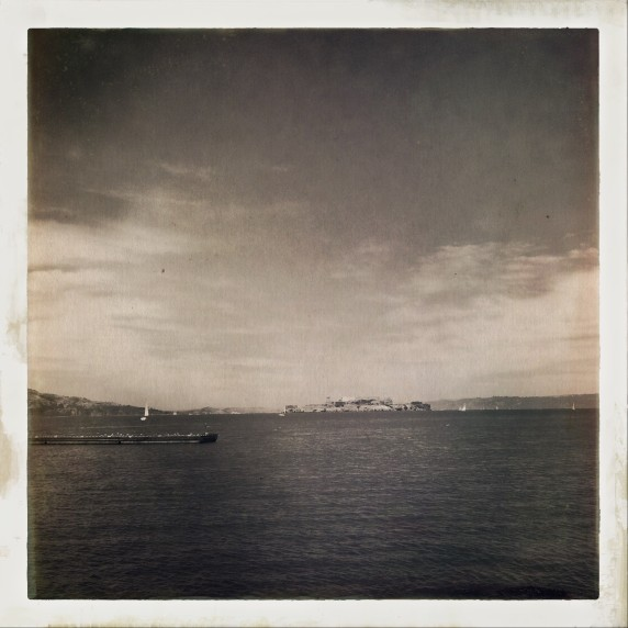 alcatraz-in-distance